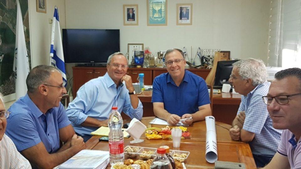 ראש מטה הדיור במשרד האוצר זאב בילסקי הגיע לביקור עבודה בקריית ביאליק