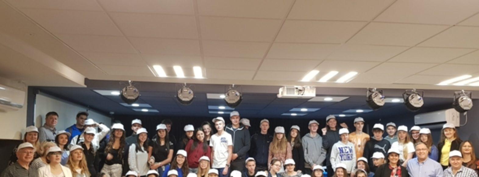 משלחת תלמידים מהעיר התאומה רדומסקו מתארחת בקריית ביאליק