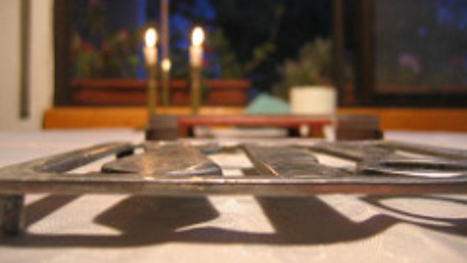 שולחן השבת של מזליקה