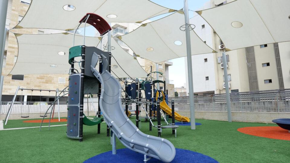 עיריית קרית אתא מקימה ברחבי העיר 13 גני משחקים ציבוריים חדשים