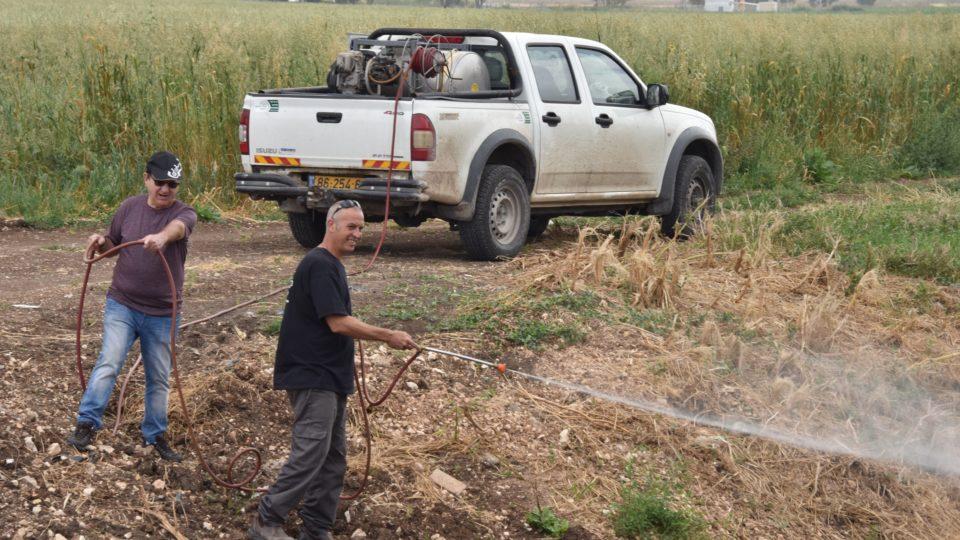 עיריית קרית אתא מבצעת מבצע הדברת יתושים בכל רחבי העיר