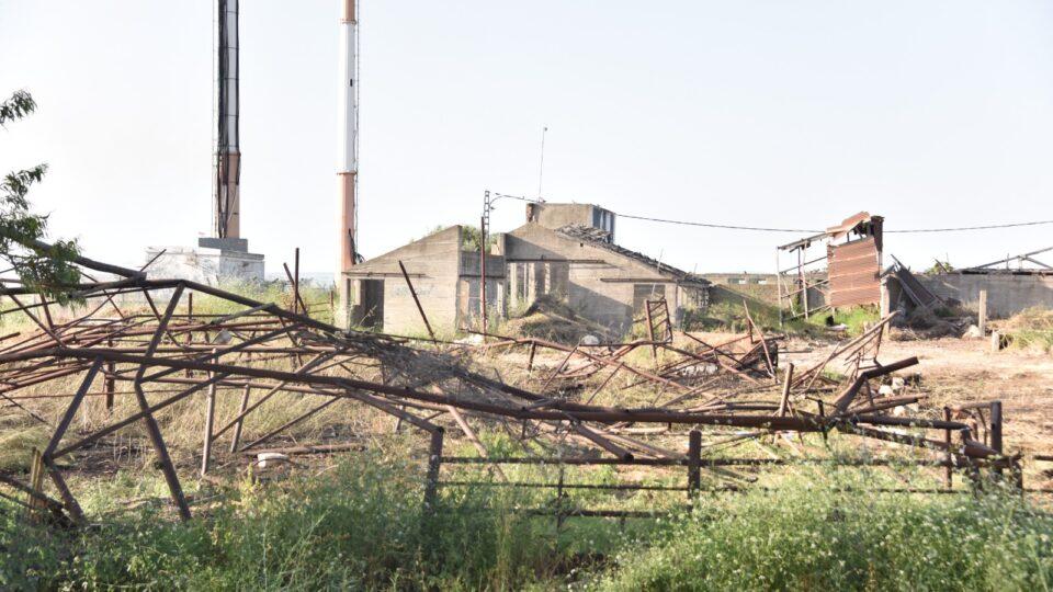 רפת שהיוותה מפגע תברואתי בהשלמת הכביש החדש 781 בקריית אתא פונתה