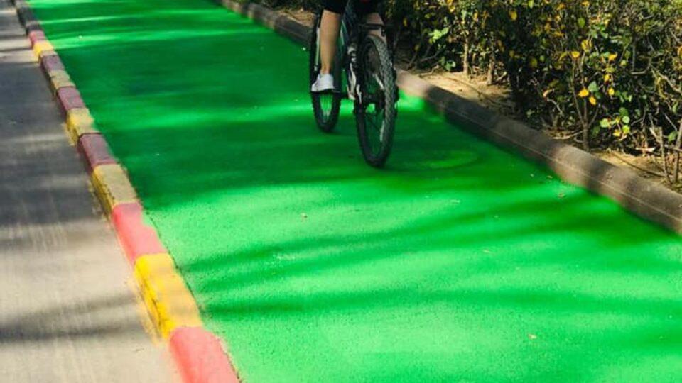 ירוק בעיניים,שבילי רכיבה סומנו לאורך קדיש לוז ושדרות בן גוריון במוצקין