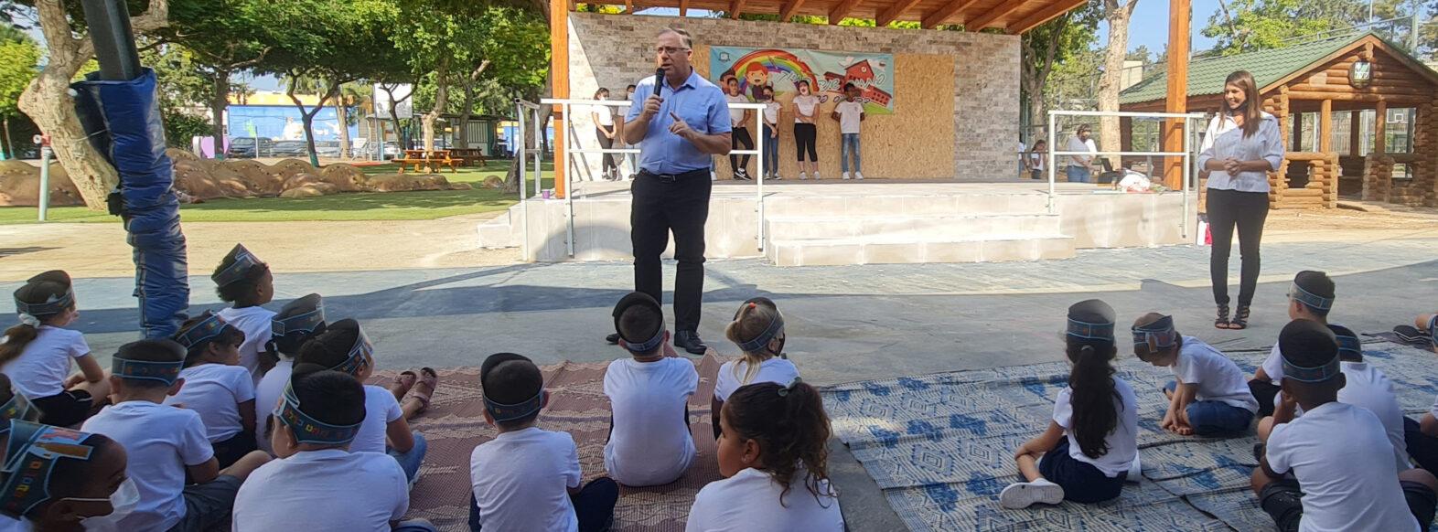 """שנת הלימודים תשפ""""ב נפתחה עם 6 גני ילדים חדשים והקפדה על אורחות חיים בבית הספר בהתאם למתווה משרד החינוך"""