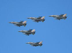 Air_Force_Fly_By_on_Tel_Aviv_Beach_IMG_6014a