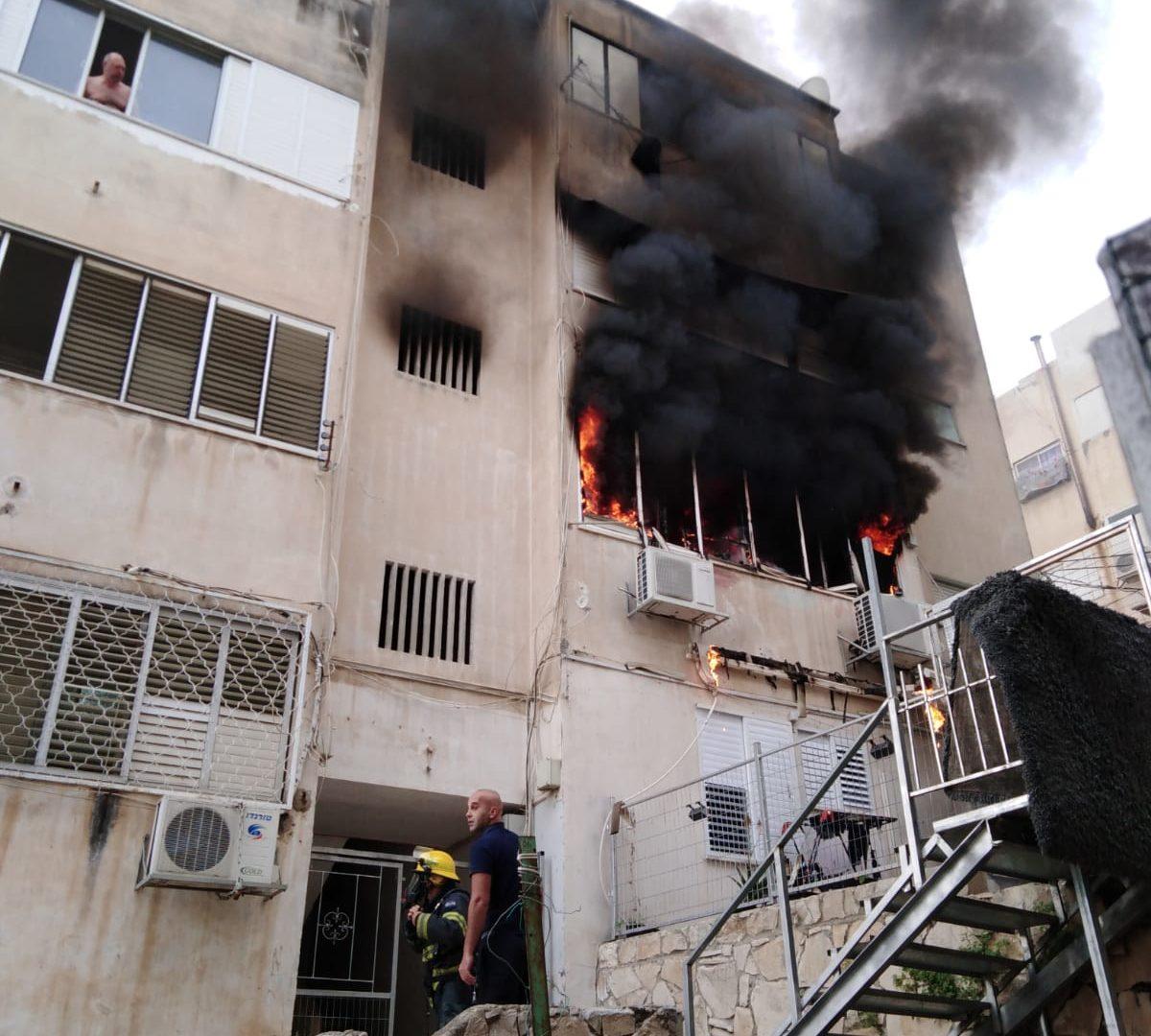 הדירה בחיפה שעלתה באש
