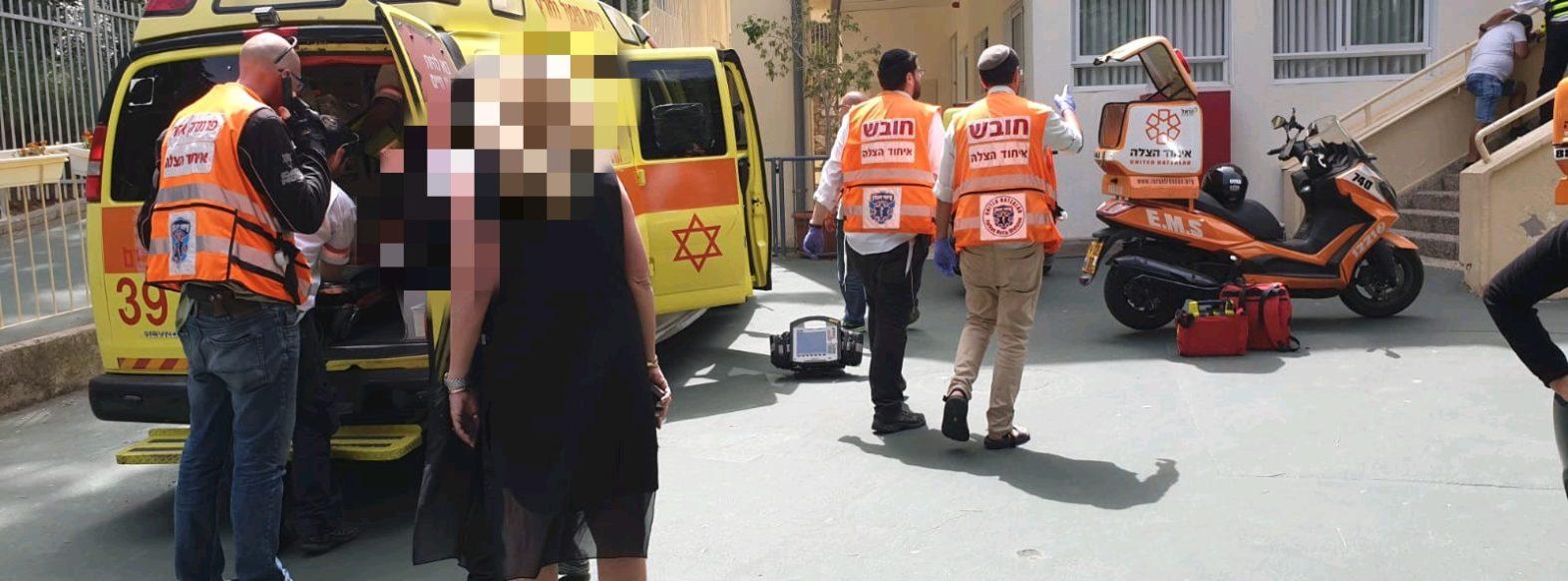 ספריה נפלה על ילד בבית ספר בחיפה – מצבו קשה