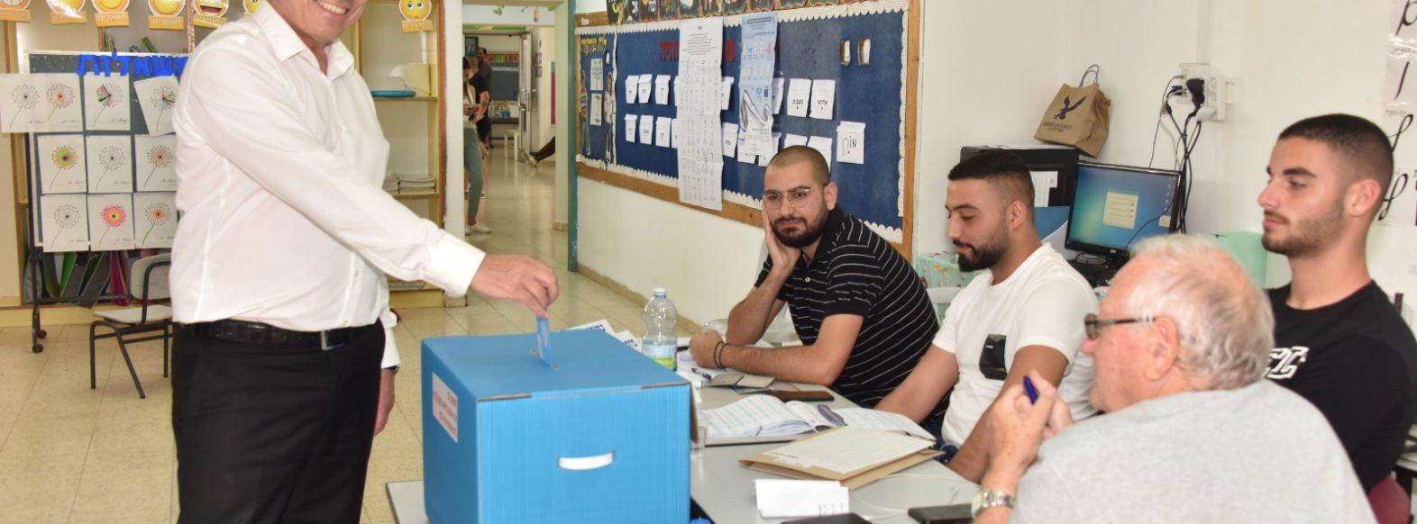 יום הבחיראות, ראש העיר יעקב פרץ הצביע בגבעת טל